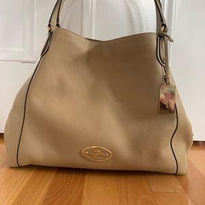 COACH DESIGNER HANDBAG Mid-Size Shoulder Bag